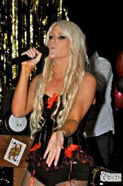 Singer - Temple Nightclub