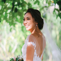 Blooming Bride Gaby smiles on her wedding day