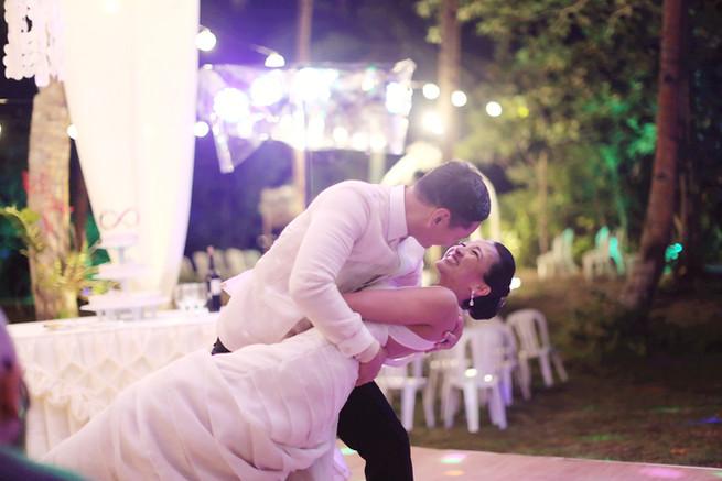 kiss dancefloor 2.jpg