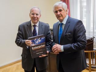 Profesor Kassay hovoril sgruzínskym veľvyslancom ospolupráci voblasti vzdelávania aodovzdávania