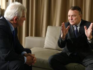 Spoločné rokovanie Igora Pacoláka aŠtefana Kassaya