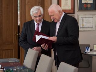 Profesor Kassay s prezidentom Václavom Klausom o jeho súčasnej práci, názoroch na Slovensko, systéme