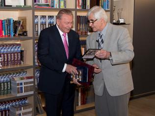 Stretnutie predsedu Dozornej rady I.D.C. Holding, a.s. s prezidentom Rudolfom Schusterom