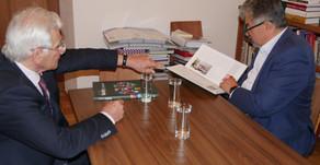Netradičné stretnutie v knižnici Inštitútu Václave Klause v Prahe