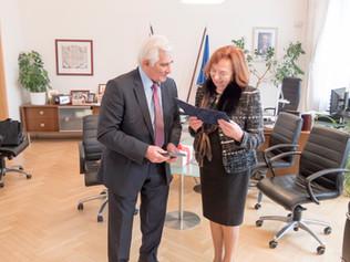 Stretnutie sveľvyslankyňou Líviou Klausovou