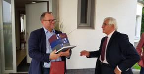 Tvorca inovačných ekosystémov Ari Huczkowski s profesorom Kassayom v rozhovore o implementácii modul