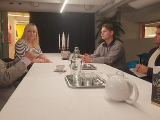 Viceprezident študentskej organizácie Hanken School of Economics Victor Lindahl rokoval s profesorom