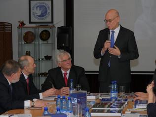 Profesor Kassay predstavil svoju pentalógiu na pôde Ruského centra vedy akultúry v Bratislave