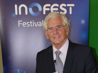 Profesor Štefan Kassay ocenený za celoživotné dielo na festivale INOFEST