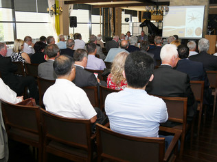 Nezávislé ekonomické fórum vatmosfére omylov anachádzania príležitostí pre pozitívnu zmenu