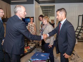 Prípravy na návštevu ministrov v Pečivárňach Sereď v plnom prúde