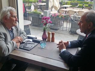 Neformálne rokovanie profesora Štefana Kassaya a splnomocnenca EÚ pre Strednú Áziu Petra Buriana