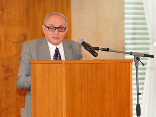 """Prof. Andrzej Kupich: """"Budúcnosť odbornej literatúry je vo vydávaní e-kníh a v spolupráci s Čínou."""""""