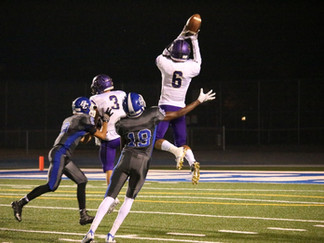 Tigers rout Bruins with big plays