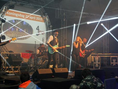 Square LIVE!