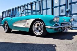 chevrolet-corvette-1960-restomod