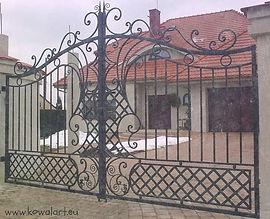 Brama_Ludwik_XIV_edited.jpg