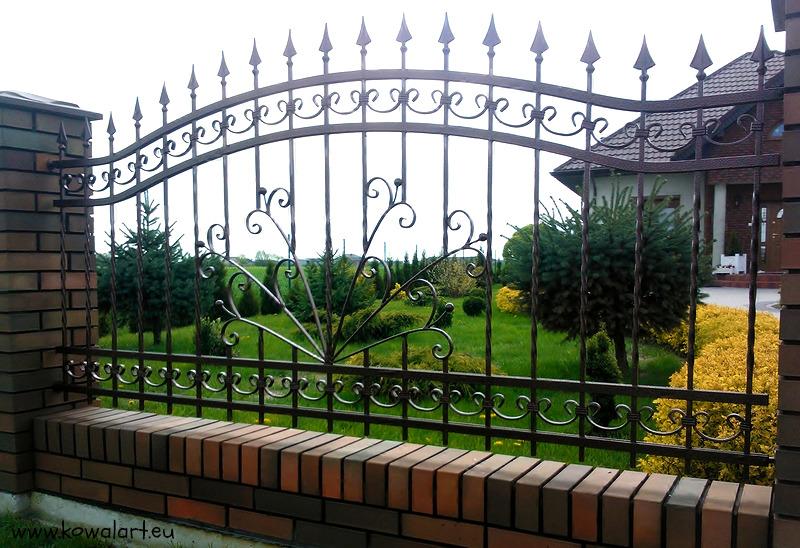 Ogrodzenie Maj w ogrodzie (2016)