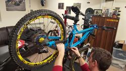 Bike design yellow deemax wheels