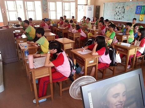 文教組20130531_費肇安-_頭前國中「青春無悔」課程  培養正確兩性觀念0