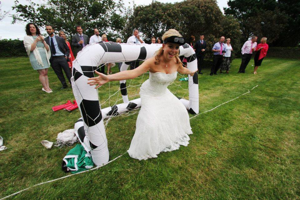 Bride Binocular football