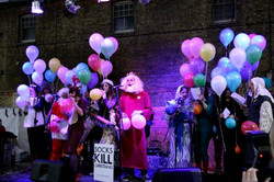 Helium choir