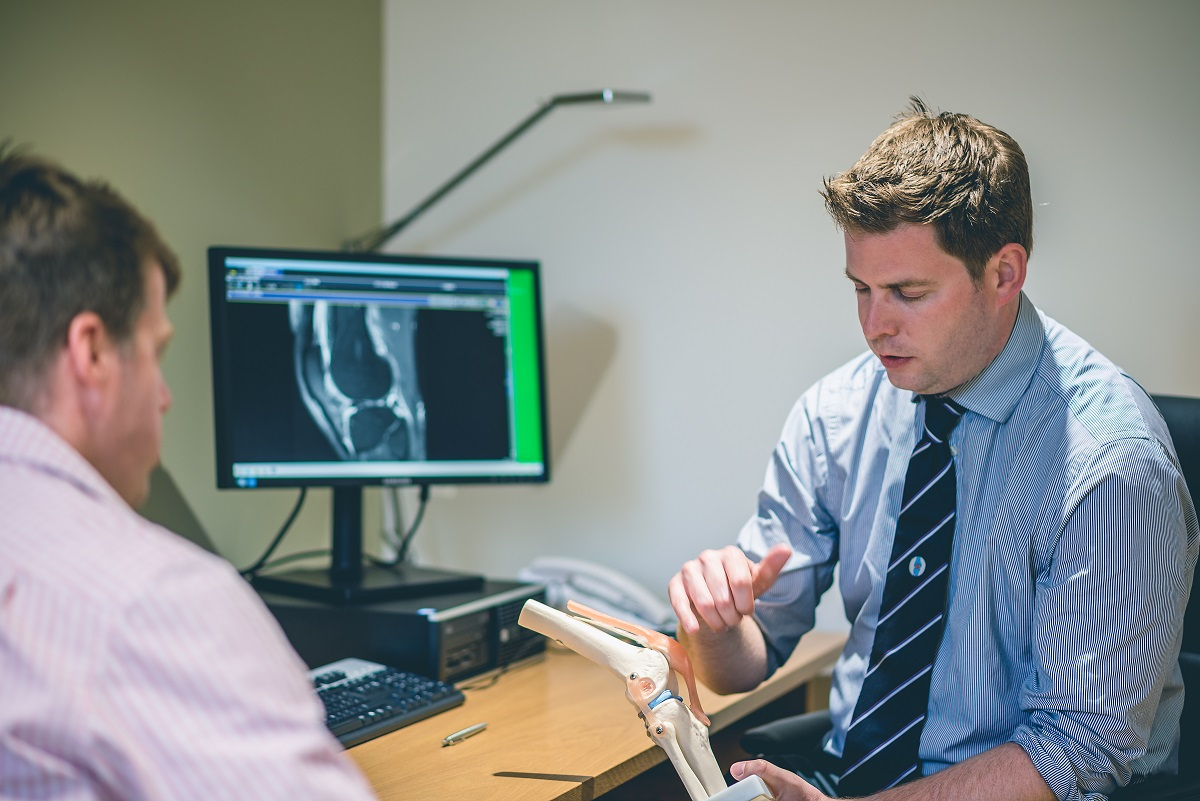 Knee Replacement | Knee Pain | Knee Surgery | Gloucestershire