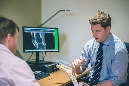 Alexander Dodds Consultant Orthopaedic Surgeon Knee and Hip Specialist Cheltenham and Gloucester Gloucestershire, Nuffield Health and Winfield Hospital, Knee Examination