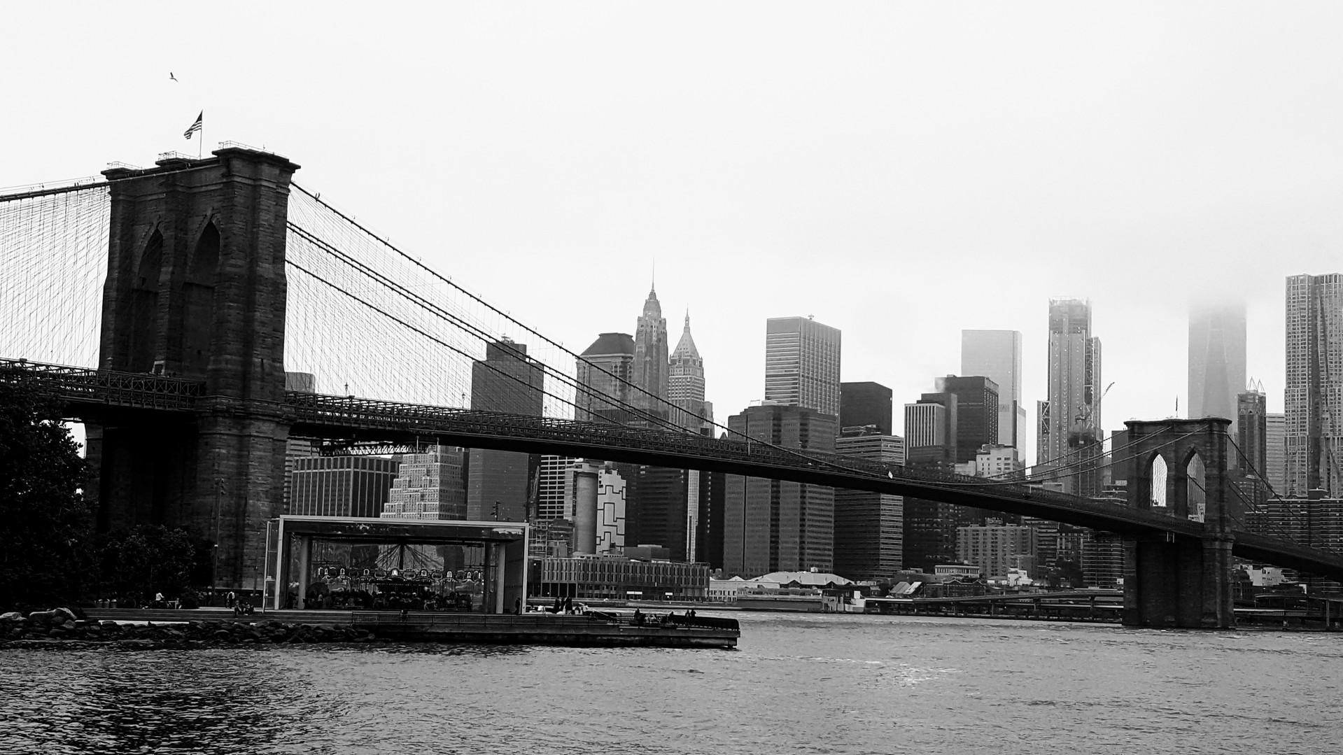 Brooklyn Bridge blk & white.jpg