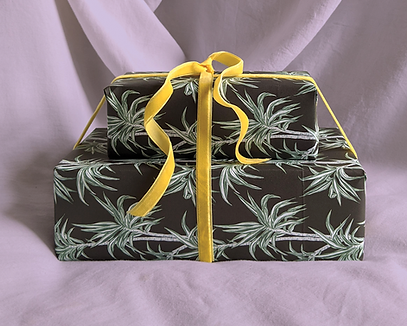 tropical-wrapping-paper-dark-palm-trees-