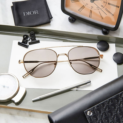 แว่นกันแดด Dior : Neo Dior RU