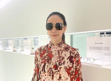 Occura รีวิว กรอบแว่นตา Gucci ทรงเหลี่ยมโอเวอร์ไซส์ที่ช่วยอัปลุคสาวมั่นและปกป้องดวงตาในคราวเดียว