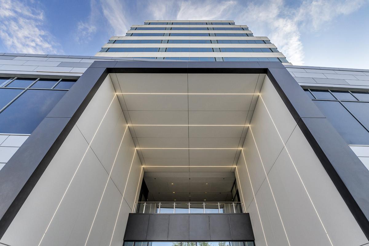 2422 THE CENTRUM BUILDING DALLAS TX USA