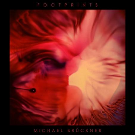 MICHAEL BRÜCKNER: Footprints (2020)