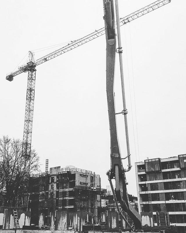 2 0 1 8 ' #cranecity #concrete#vancouver