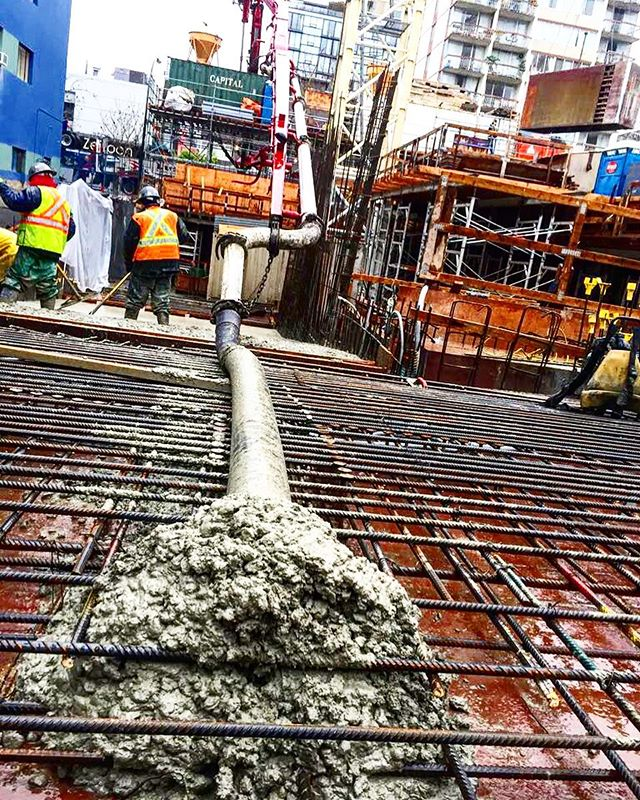 Friday 👊👌 #concrete#liquidrockcontract