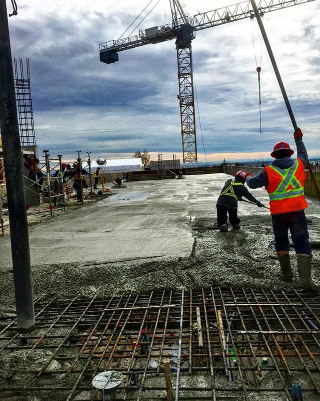 Another slab 👊 #concrete#liquidrockcont
