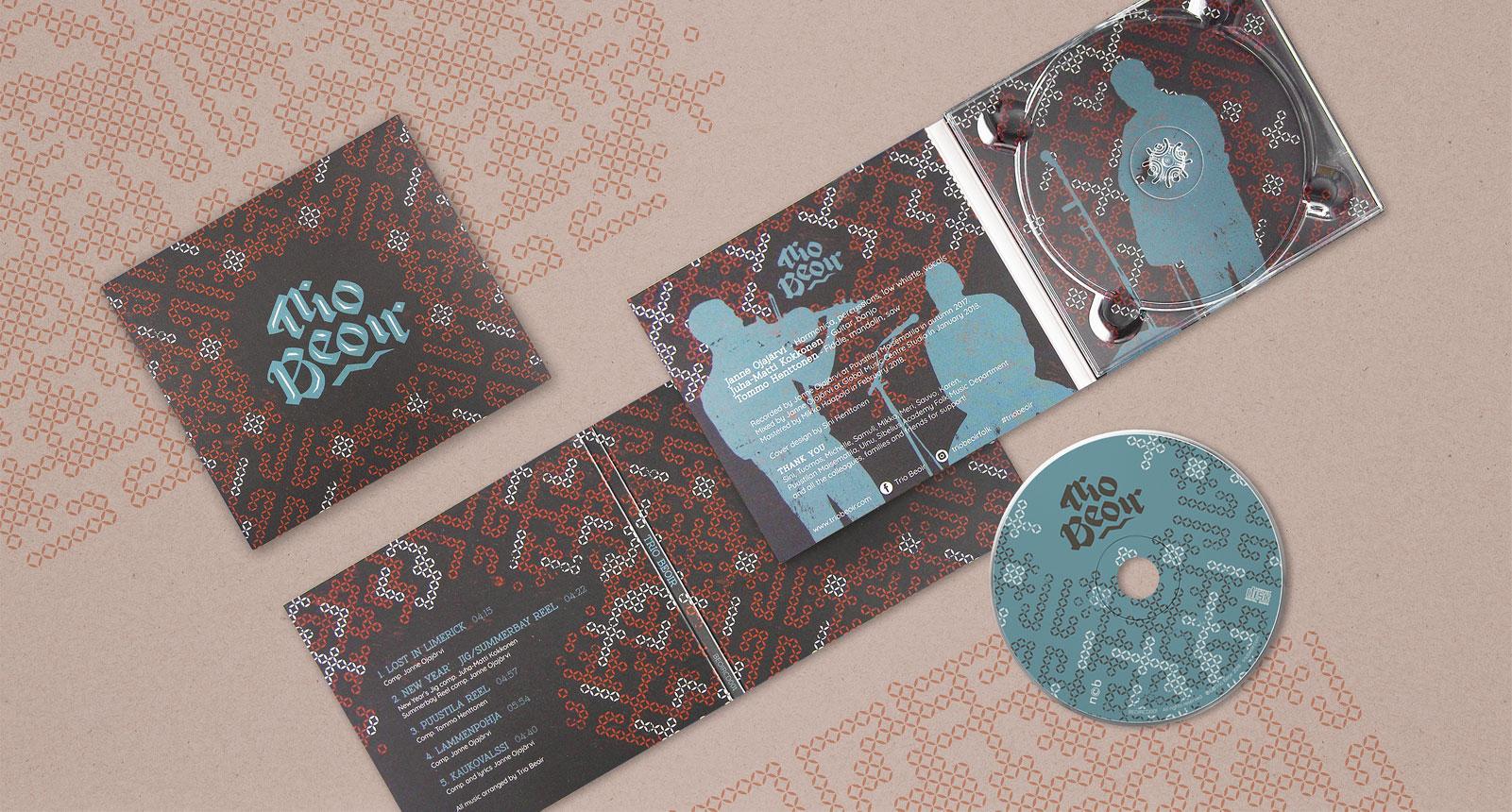 Trio Beoir album design