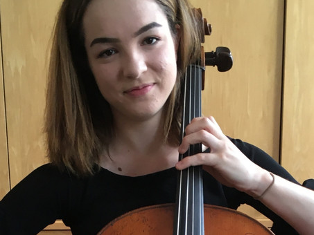 Nina Kiva accepted onto 'Strings Experience' scheme