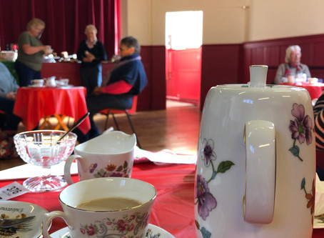 Macmillan Coffee Morning raises £421