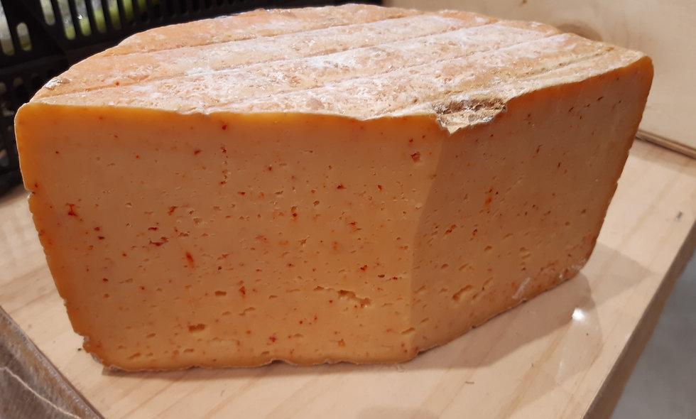 Tome vache au piment d'Espelette (250g)