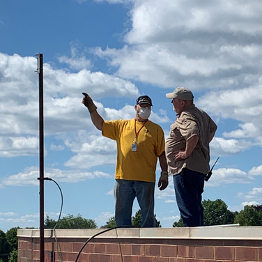 AA3WV reminds us where the antenna goes.