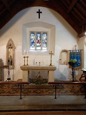 Altar 210725.jpg