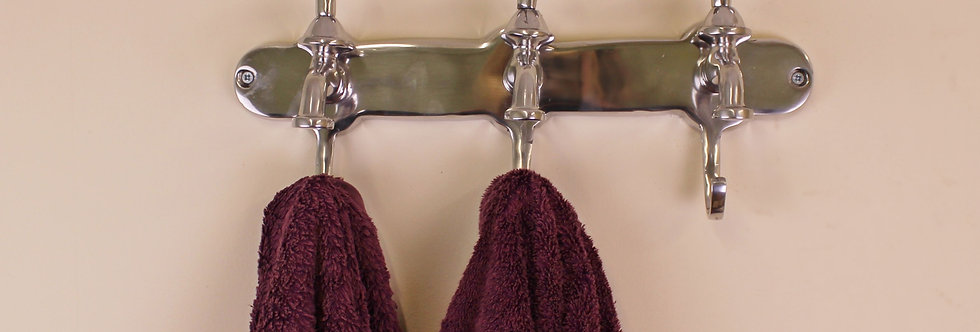 Towel Holder, Three Hooks With Tap Desgin