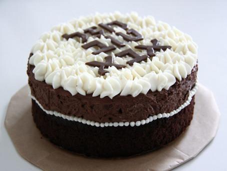 עוגת שוקו-שוקו-וניל בתבנית קטנה (ומחשבות על וירוסים)