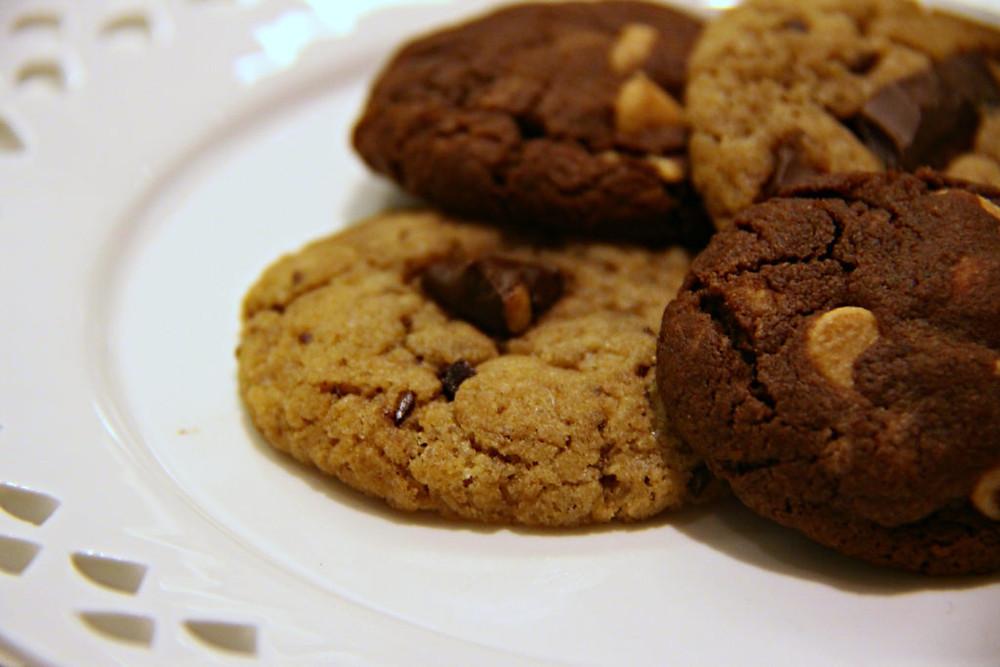 עוגיות שוקולד צ'יפס ב-2 גרסאות