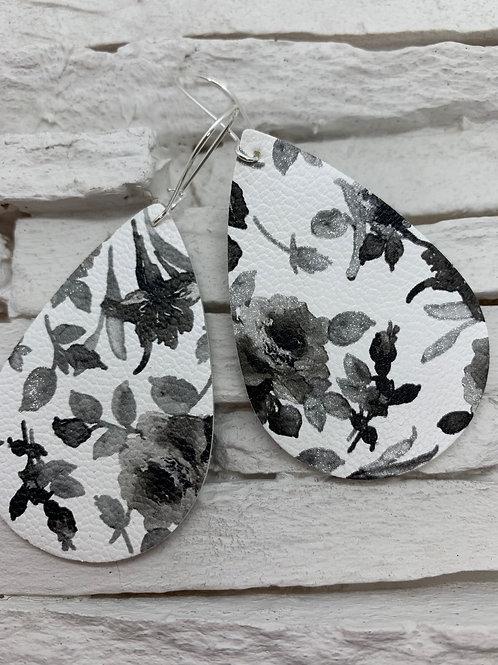 PU Leather Pendant Drop, Black/White Flower