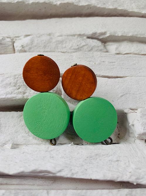 Green/Saddle Brown WoodenStuds