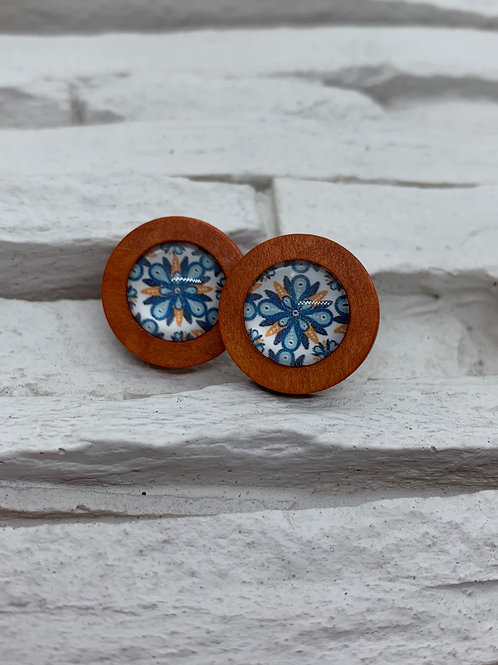 Red Wooden, Blue/Orange Pattern Stud, 18mm