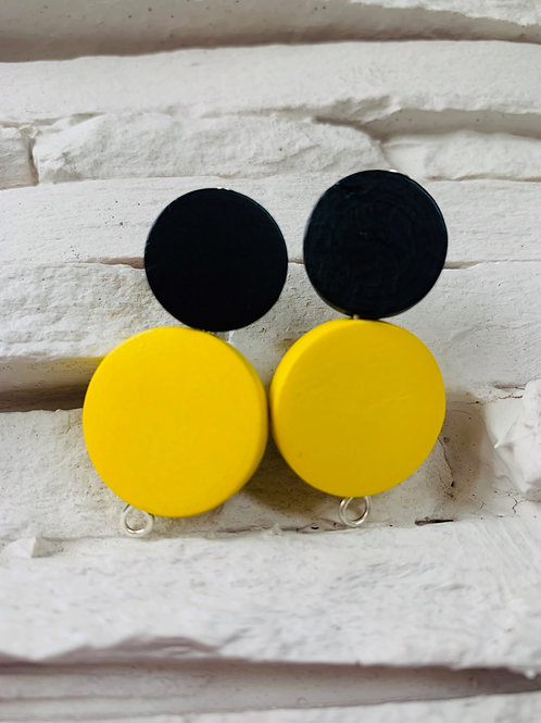 Black/Yellow Wooden Studs